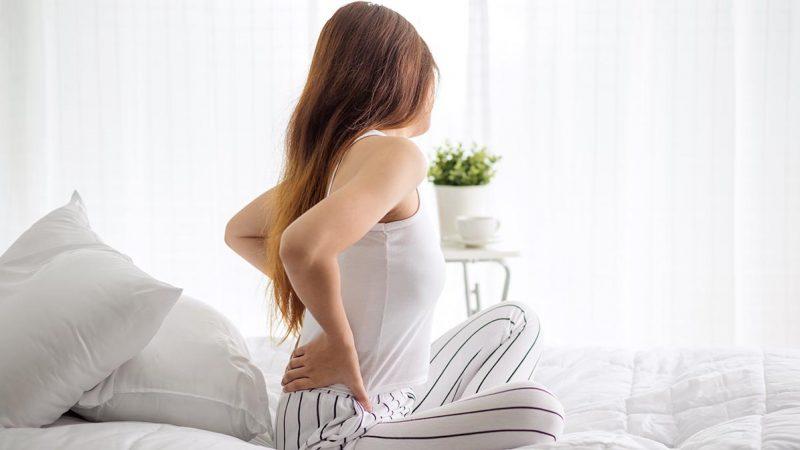 Comment soulager les muscles du dos grâce au tapis d'acupression?