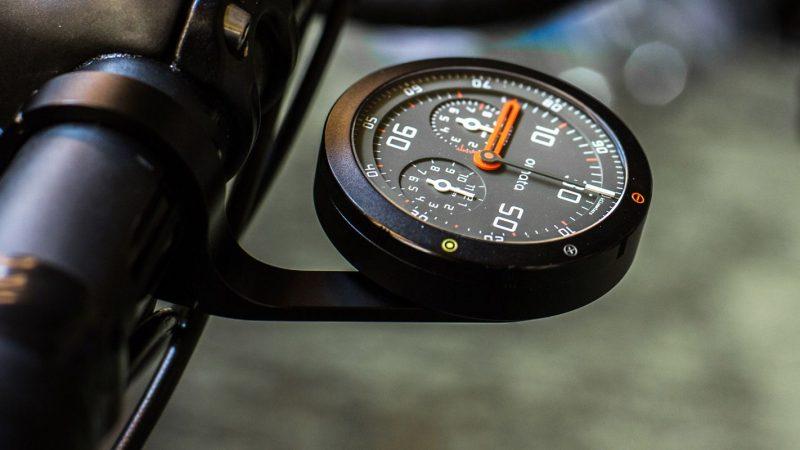 Un compteur vélo pour mesurer ses performances en montagne.