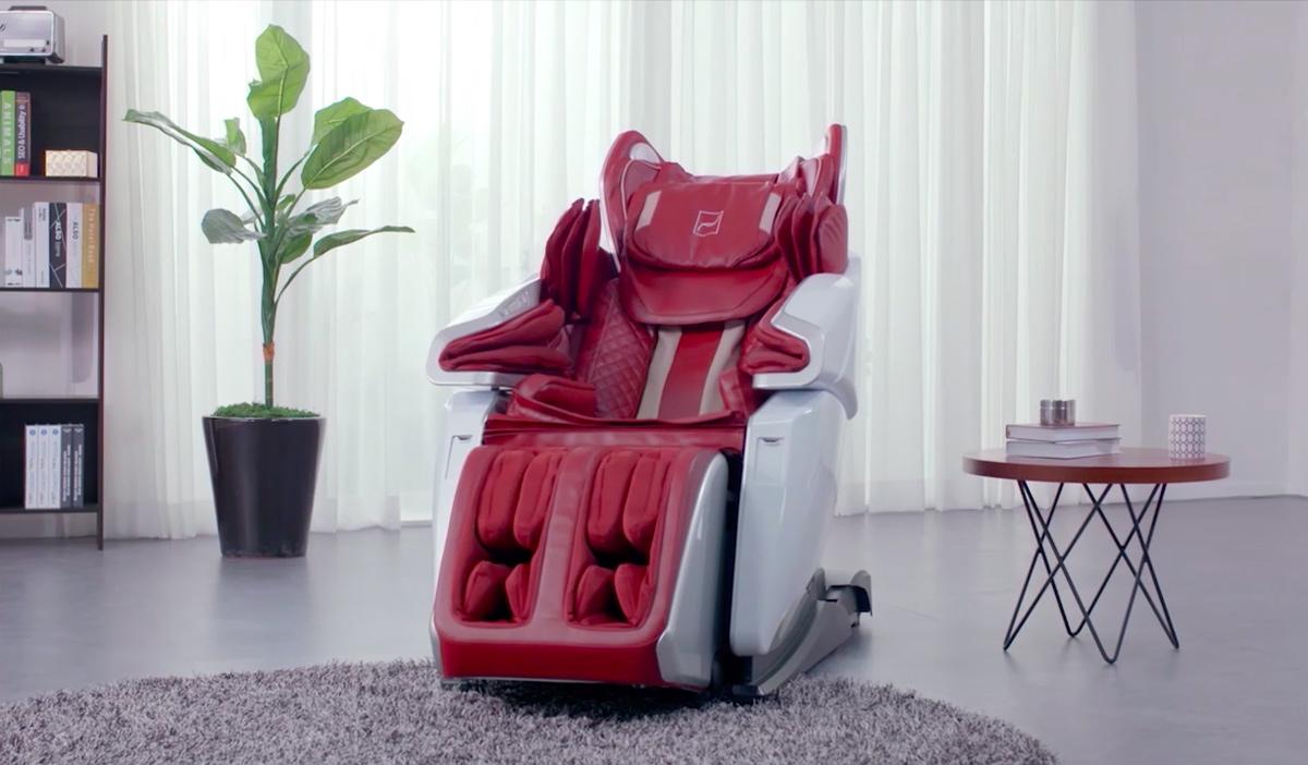 Se libérer des tensions physiques à l'aide d'un fauteuil massant